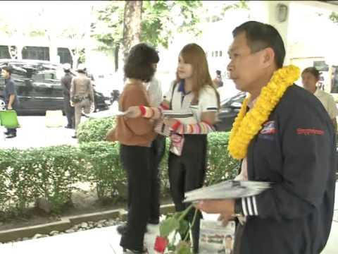 เสรีพิสุทธ์หาเสียงตลาดการบินไทย.mpg