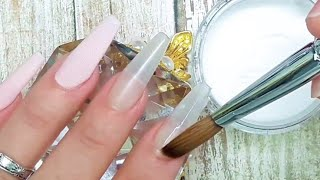 uñas acrílicas de porcelana con pan de oro
