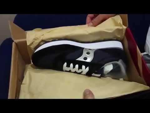 timeless design 671ae b280f Amazon.com & Onex.am Saucony jazz original black