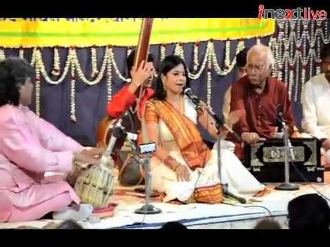 Malini Awasthi performs at Sankat Mochan Music Festival