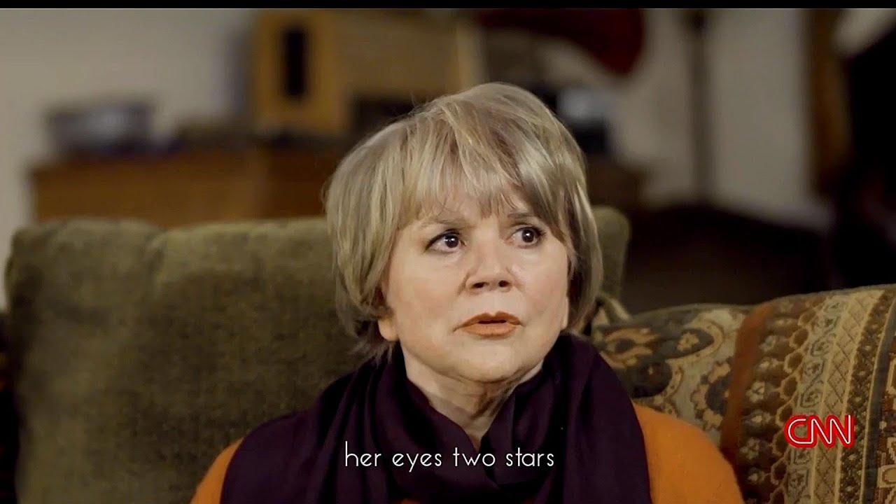 Linda Ronstadt Sings In YouTube