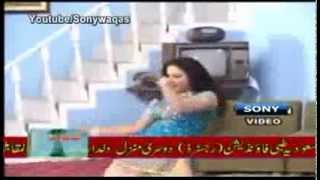 Repeat youtube video SonyWaqas Latest  Hot Mujra 2013 2) x264