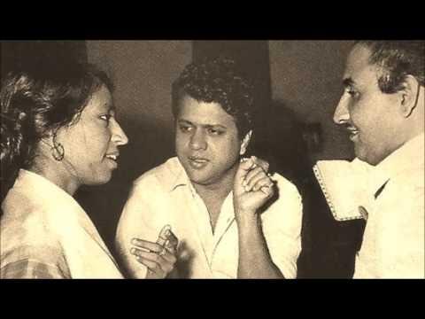 Mohd. Rafi & Mubarak Begum - Humrahi (1963) - 'mujhko apne gale laga lo'
