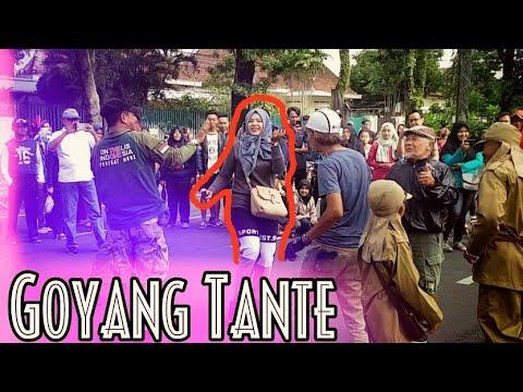 Suket Teki - Didi Kempot (Cover Musisi Jadul CFD Malang, Semua Goyang Senang Tante)
