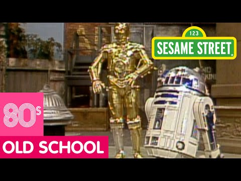 Sesame Street: Love Finds R2D2