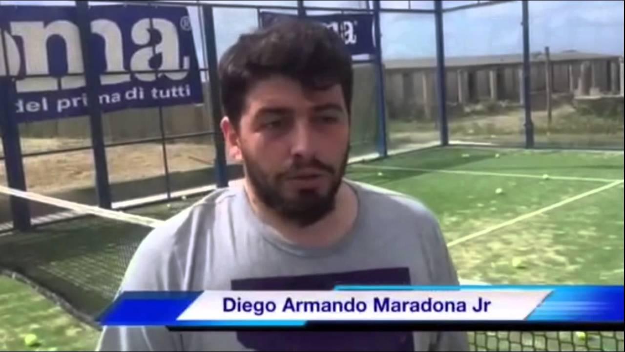 il Padel per Diego Armando Maradona Jr - YouTube