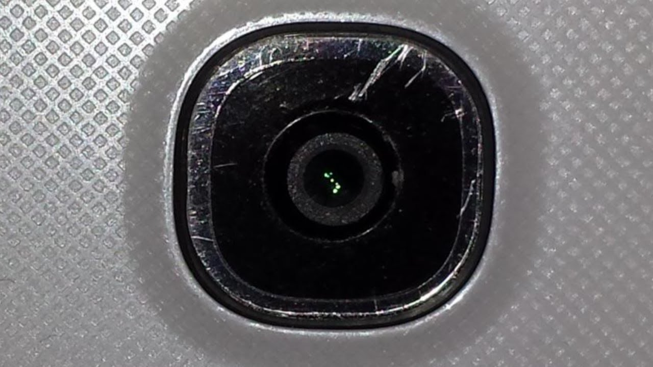 huge selection of 2fe1f 88e9f How to fix Scratched Camera Lens on any Smartphone ✔