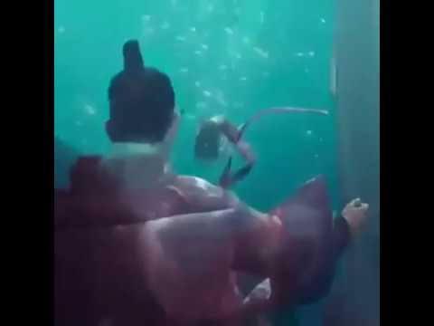Jinyoung got7 kiss scene in Kdrama Legend of the blue sea eps 3