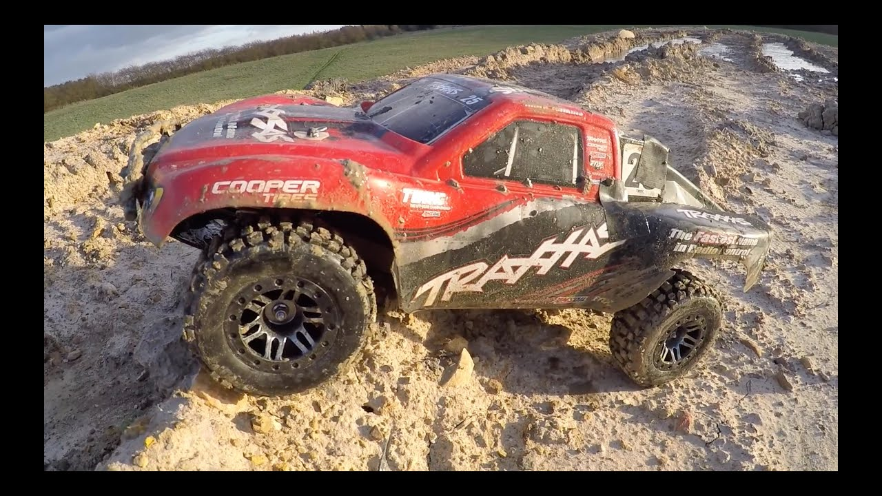 Traxxas Slash 4x4 f Road MUD
