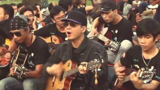 [EH2013] Đại sứ Giờ Trái Đất 2013: ca sĩ Uyên Linh và ca sĩ Hà Okio (17-03-2013)