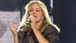 Ellie Goulding - Something in the way you move - MTV EMA Piazza Duomo - 24 ottobre 2015