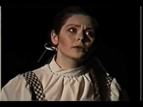 WIZARD OF OZ Melanie as Dorothy PART 3 Gregory Terlecki as Scarecrow
