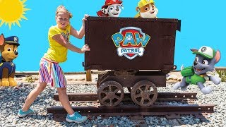 PAW PATROL TRAIN HUNT Nickelodeon PJ Masks and Puppy Dog Pals Assistant Video