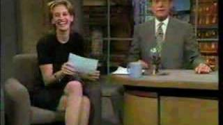 Julia Roberts Kisses David Letterman 1994