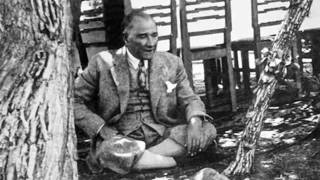 Az bilinen Ataturk resimleri ve sezileri