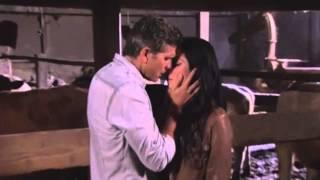 Video Acacia Y Esteban (Eres Mia) - La Malquerida download MP3, 3GP, MP4, WEBM, AVI, FLV Juni 2018
