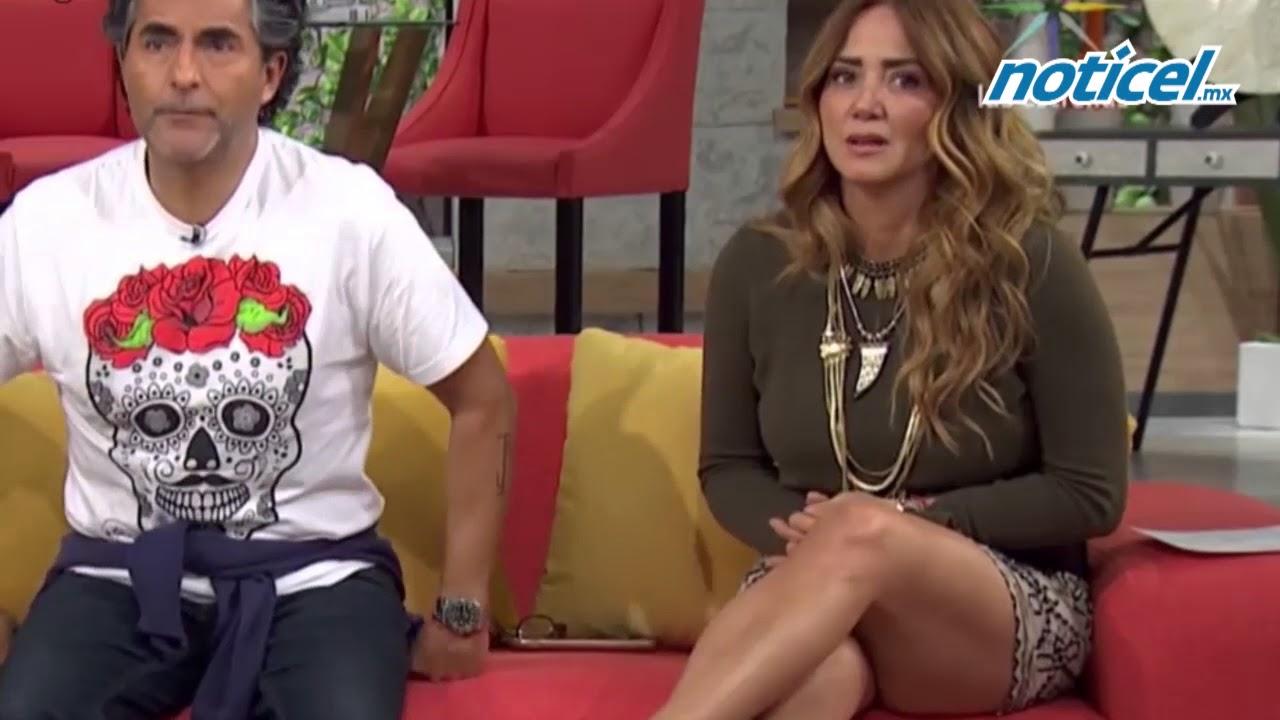 Andrea Legarreta y la foto en minifalda que cautivó - YouTube a564d18f0a1b