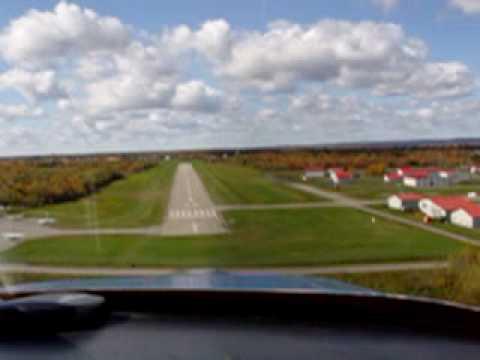 Atterissage du RV-6 de Denis Lussier - Aéroport de Lachute