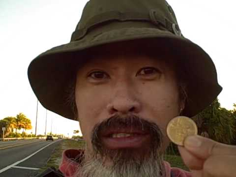 cao boi walking the keys
