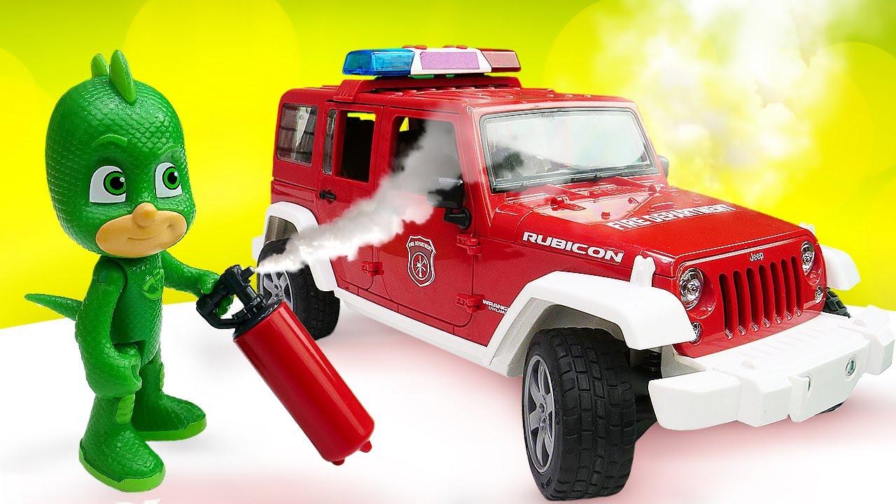 Giochiamo a fare i pompieri! Asilo nido con giocattoli che parlano - Video educativo per bambini