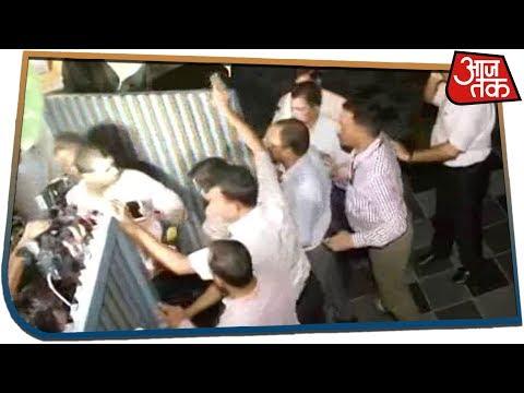 घर के अंदर Chidambaram, दीवार फांदकर गिरफ्तार करने पहुंची CBI