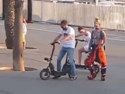 Mimo Karcocha - Street comedy