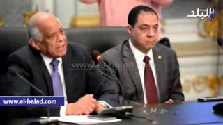 بالفيديو والصور.. «عبد العال» يجتمع مع «محرري البرلمان» لبحث أزمة اعتداء النواب عليهم