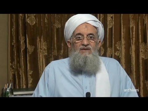 الظواهري يبايع الملا أختر منصور زعيما جديدا لحركة طالبان