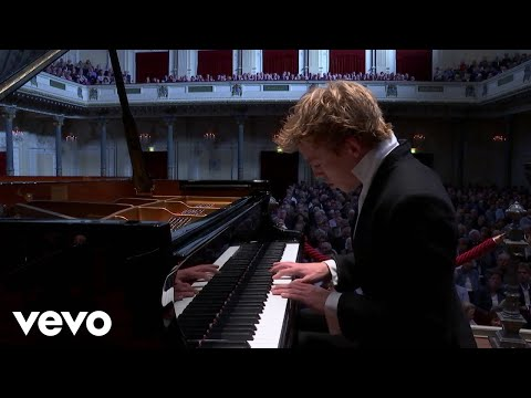 Lucas & Arthur Jussen – Poulenc Concerto For Two Pianos | Second Movement (2017)