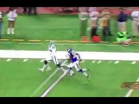 Amari Cooper Blows Past Defender For 40-yard Catch
