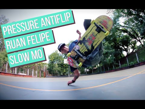 Nineclouds Skateboards | Slow Motion | Pressure Anti Flip - Ruan Felipe