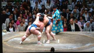 This is our second match-up on Day 10 where both rikishi are 7-2 - ...