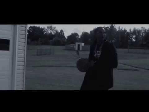 2 Chainz Showin Off His Jumpshot!