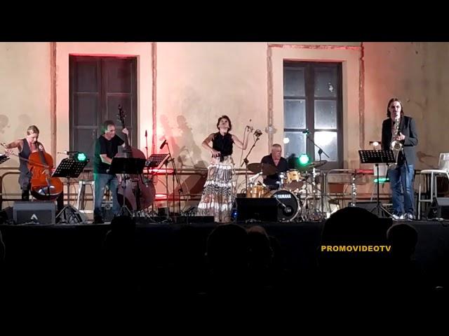 LOCRI(RC)- Il palazzo municipale ospita il festival jazz di Roccella j.