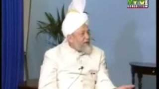 Exchanging Gifts on Eid (Urdu)