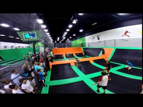 trampoline park toulouse. Black Bedroom Furniture Sets. Home Design Ideas