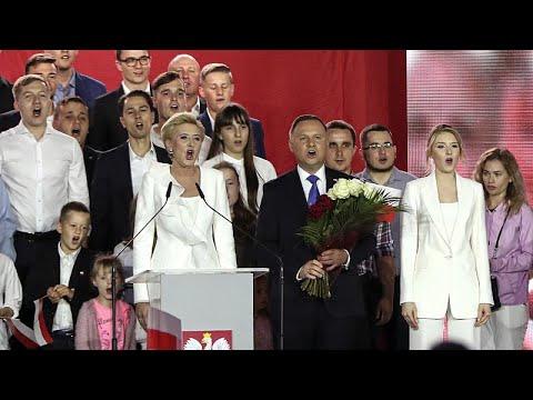 La Polonia teme per la sua economia e vota a destra