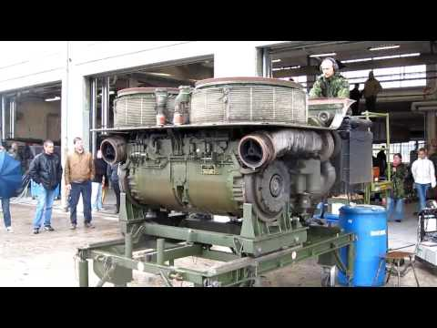 Leopard 2 Engine