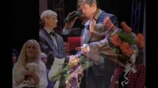 Відомий запорізький шоу-мен отримав нагороду від Запорізької облради