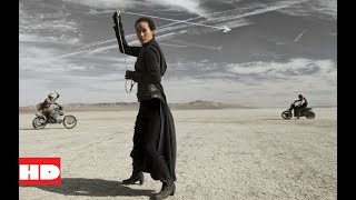 A priest GIRL VS Vampires on motorcycles.''Priest'' (2011) (4/6)