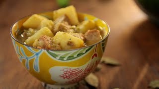 How to Make Chile Verde with Pork and Potatoes
