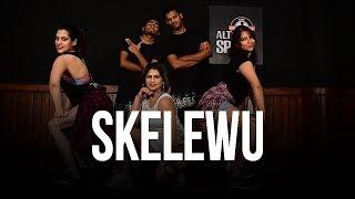 Skelewu | Dance Fitness Choreography by Vijaya Tupurani | Sebastien Rebels (Davido)