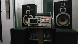 Oh Hesti.....TEAC A - 303 Stereo casette tape deck + Sony TA - 1140 Amplifier.