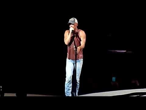 Kenny Chesney ~ There Goes My Life ~ Nashville, TN ~ 3/27/15