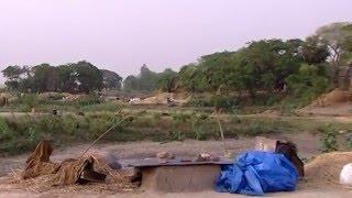 গ্রামের নাম হুলহুলিয়া। হতে পারতো সারাদেশের রোল মডেল। দুইশ বৎসরেও পুলিশ ঢুঁকেনি যেখানে