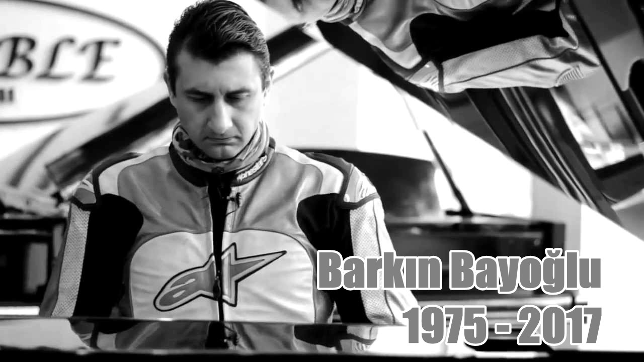 Barkın Bayoğlu (Altın Elbiseli Adam) anısına. // 1975 - 2017 - YouTube