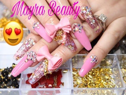 uas acrlicas en rosa y glitter
