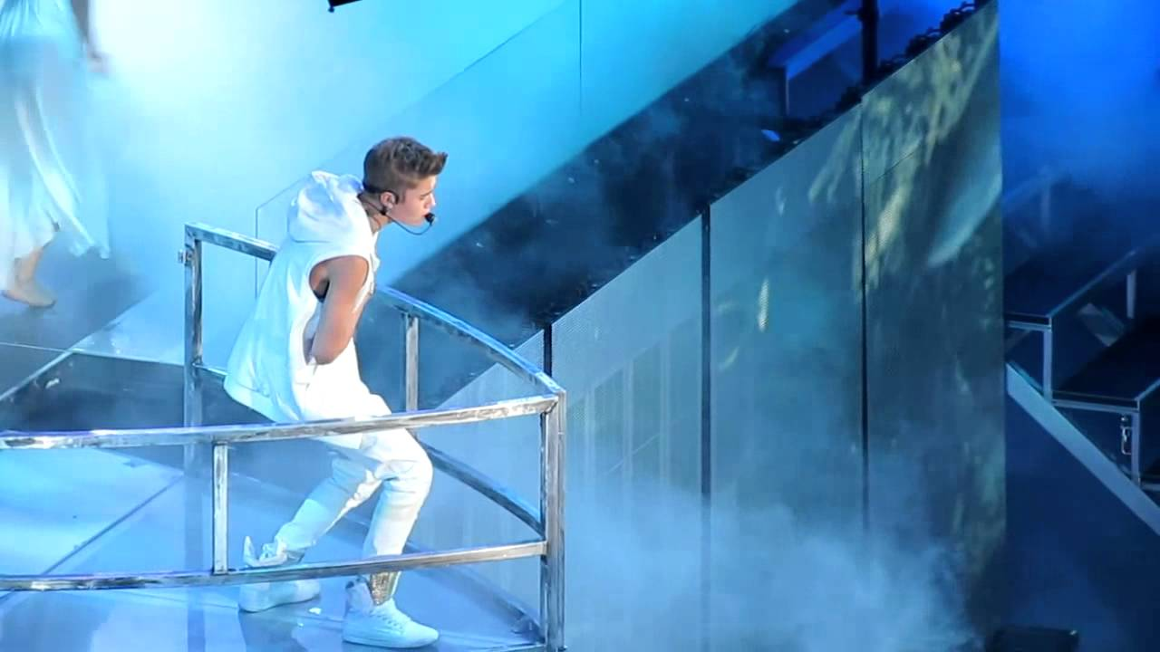 Justin Bieber- Believe Tour 2012 Oakland He Says Hes ...