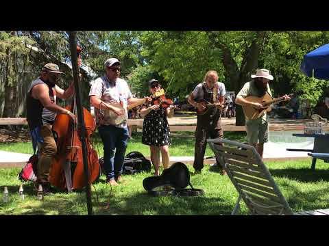 Brownville Nebraska Bluegrass Band having fun at the 2017 Spring Flea Market