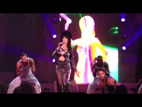 Elvira Mistress of the Dark raps !!